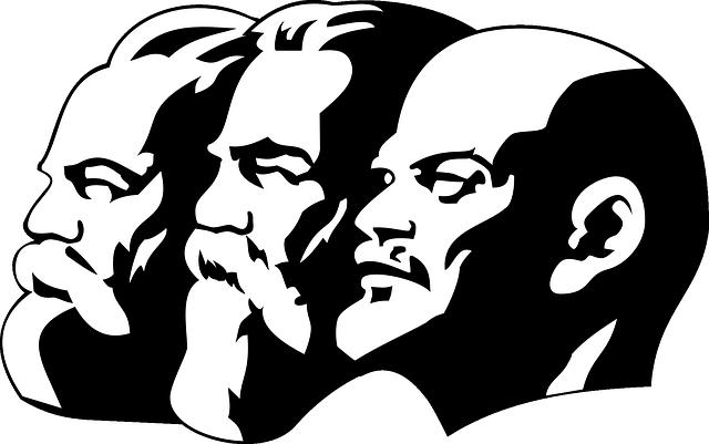 社会主義 共産主義 違い